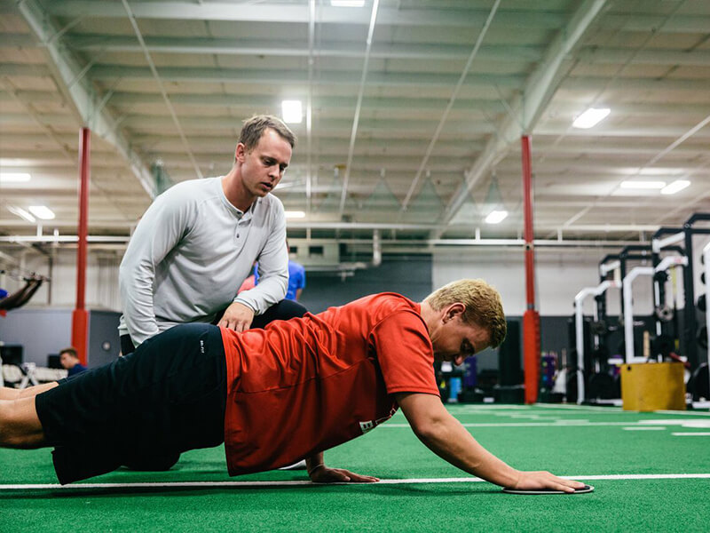 Personal Trainer in Franklin TN Gym for sports medicine and sports rehabilitation