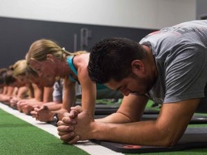 Group Fitness Classes for strength and conditioning with Personal Trainer and Gyms in Franklin TN