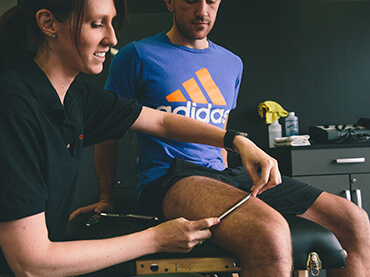 Athletic Trainer in Franklin, TN doing Sports medicine treatment and sports rehabilitation